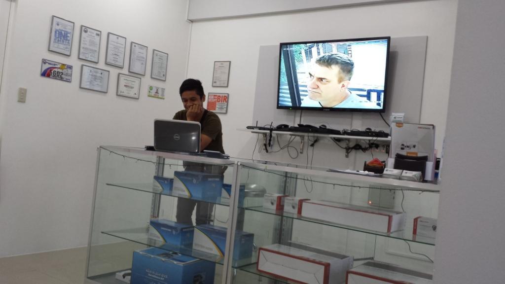 CCTV-Showroom-Pasig